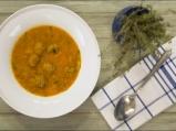 Супа от червена леща с топчета от кайма